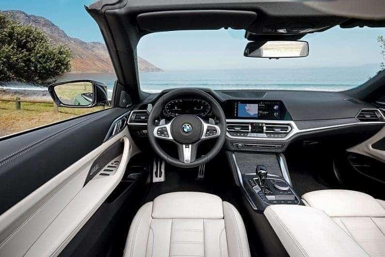 سيارة BMW 4 Series Convertibl الجديدة كلياً