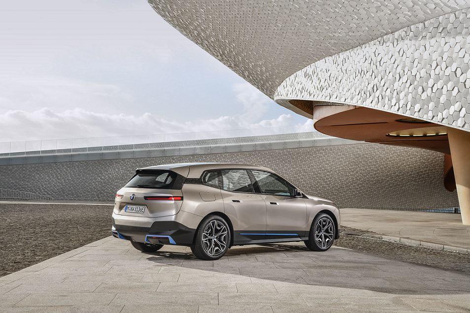 ابتكار جديد BMW