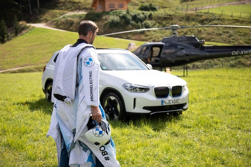 تجربة الطيران BMW