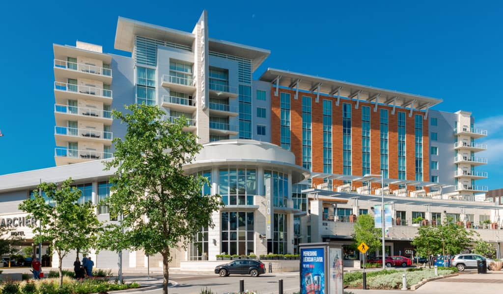 يقع الفندق شمال أوستن