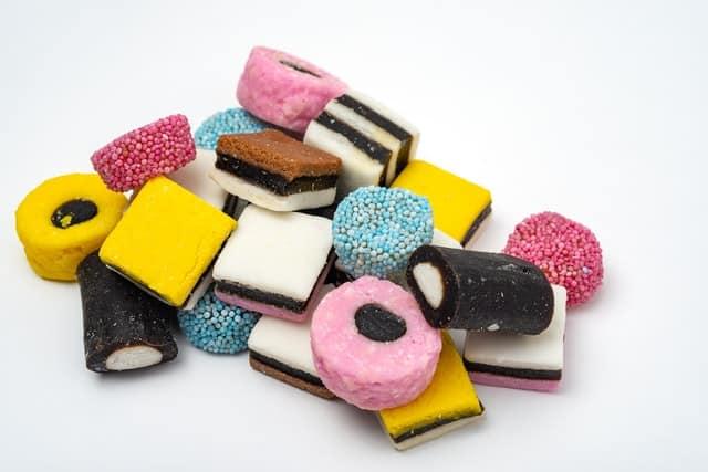 حلوى العرقسوس للأطفال