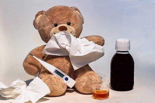 كيف تعطين طفلك الدواء بطريقة صحيحة