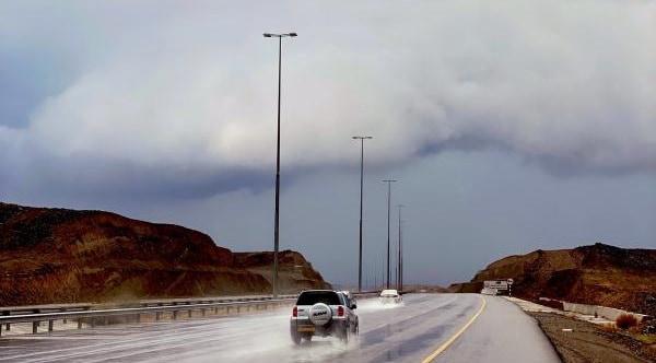 أخدود الخير يضرب سلطنة عمان