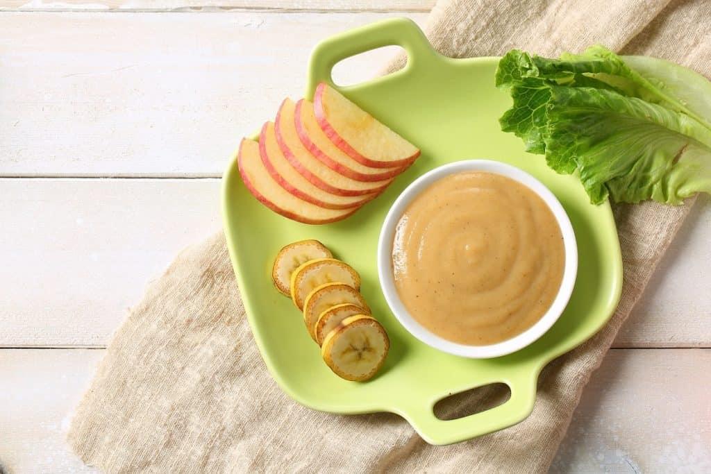 تغذية الرضع خلال السنة الأولى