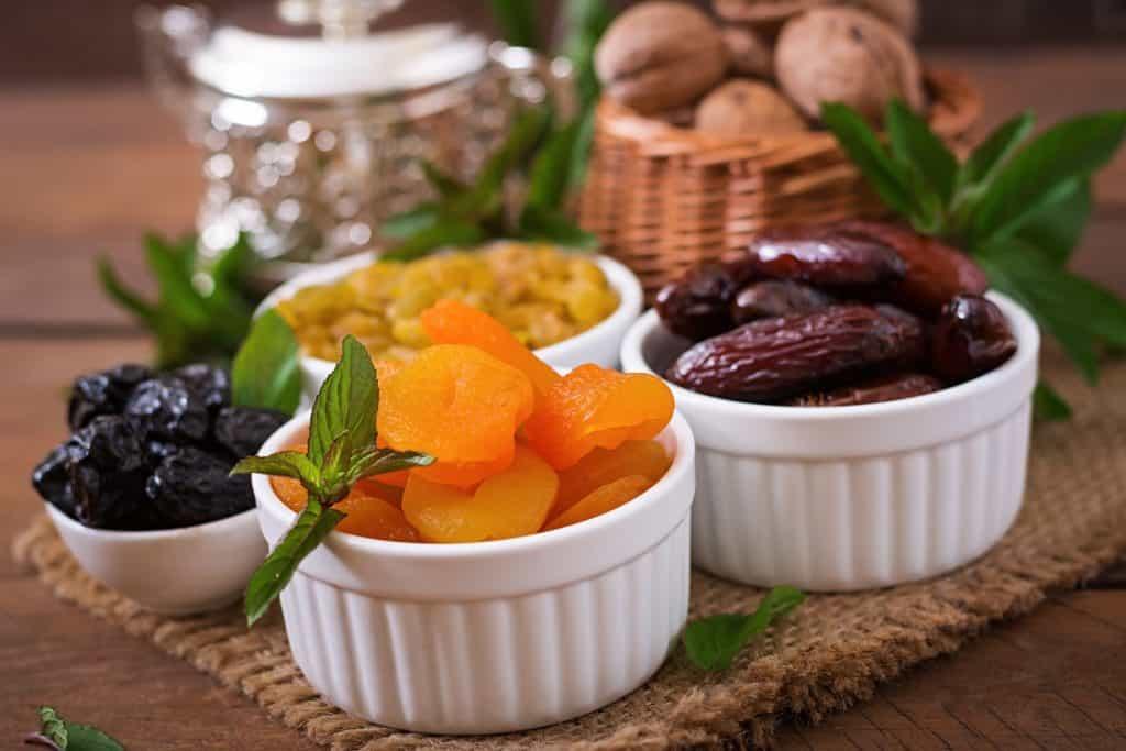 السعرات الحرارية في ياميش رمضان فوائد الزبيب