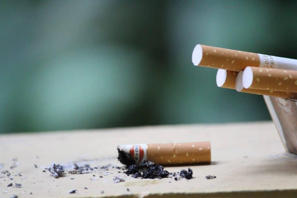 استخدم السواك وامتنع عن التدخين