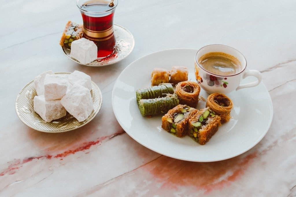 قومي بصنع الحلويات منزليًا - ميزانية رمضان