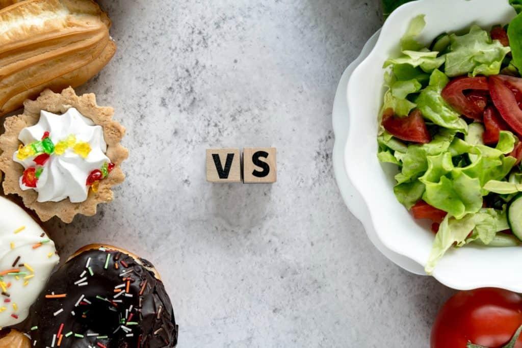 الأطعمة الصحية وغير الصحية