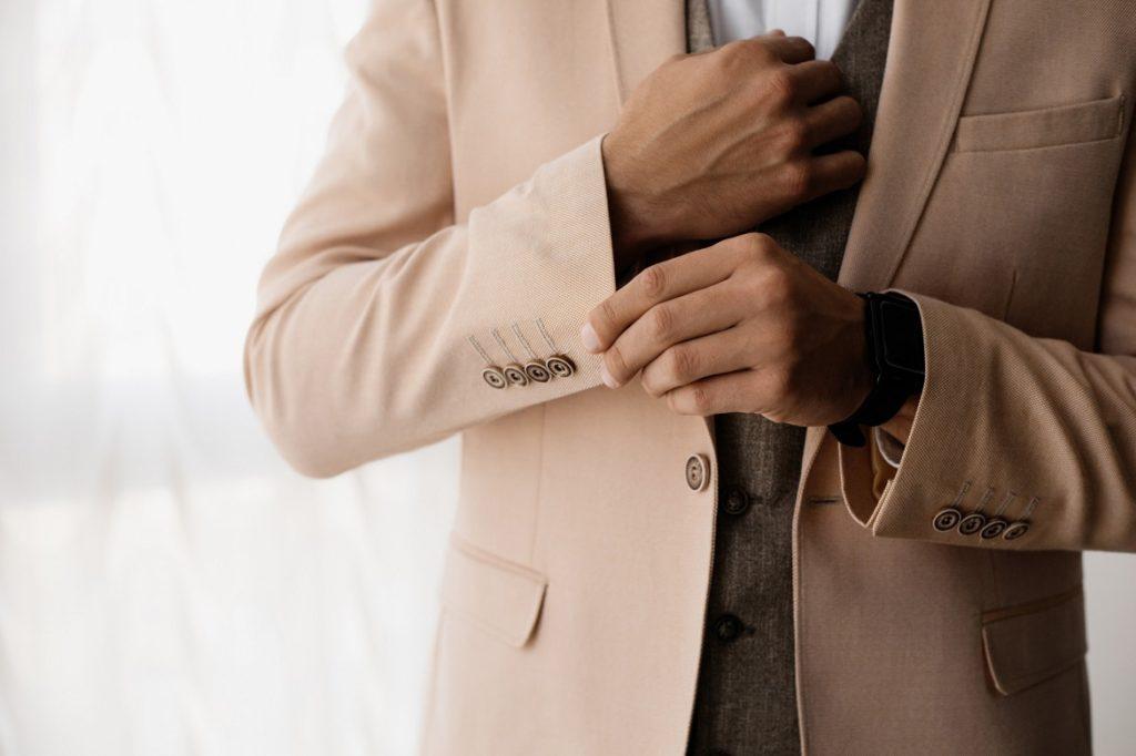 قياس الملابس المناسب من أسرار الأناقة
