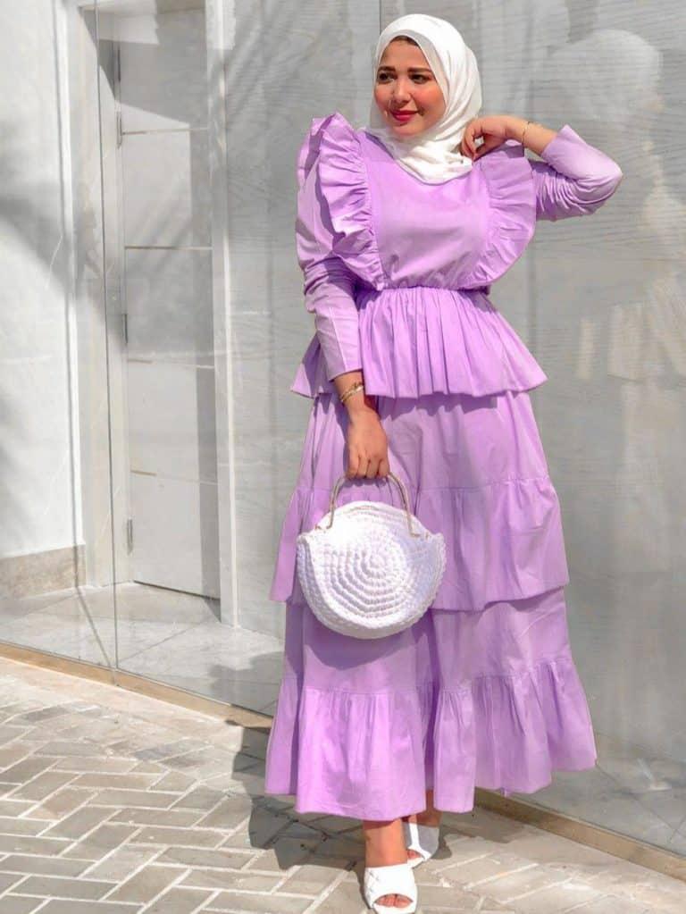 فستان باللون الموف
