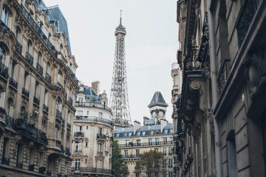 برج ايفل- الأخطاء التي يقع فيها المسافرون