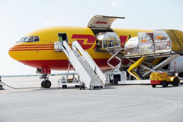 DHL-Express_plane