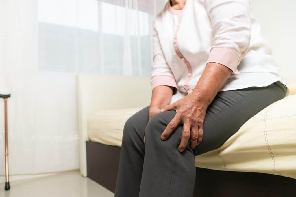 آلام المفاصل من أعراض مرض النقرس