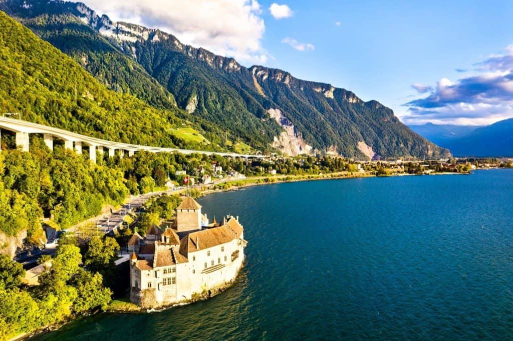 بحيرة جنيف في سويسرا السياحة