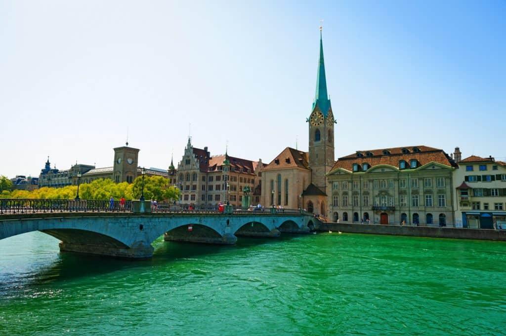 السياحة في سويسرا زيورخ