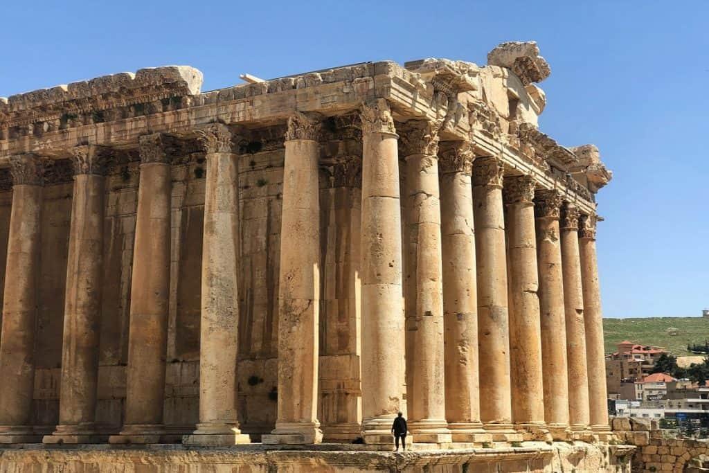 المعبد الروماني العظيم