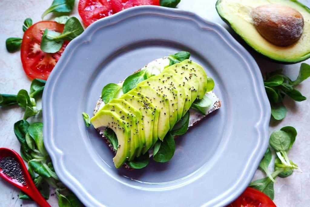 الأفوكادو وجبات فطور صحي للرجال