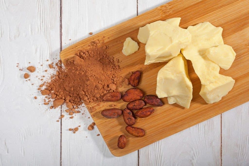 فوائد زبدة الكاكاو للشعر وللبشرة